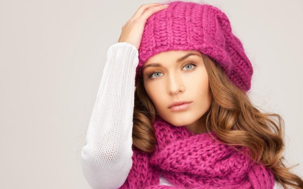 Розовая шапка женская оптом